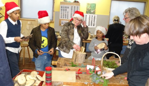 6 Der laves juledekorationer