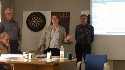 Pouline Gringer leder mødet